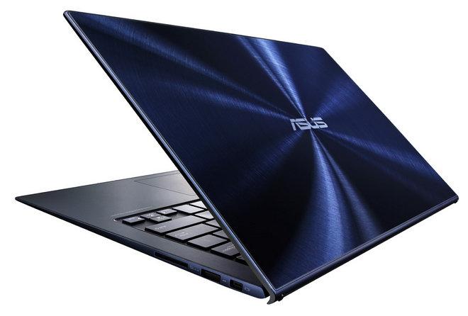 Ultrabook Asus Zenbook UX301LA pokryty szkłem.