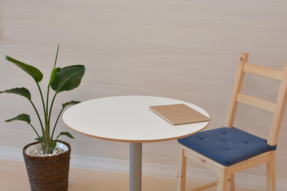 Wpływ aranżacji biura na efektywność pracowników oraz jego odbiór przez klientów