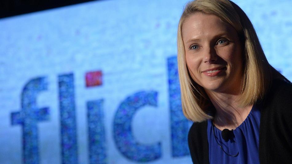 Yahoo! przejmuje LookFlow by ulepszać flickr-a.
