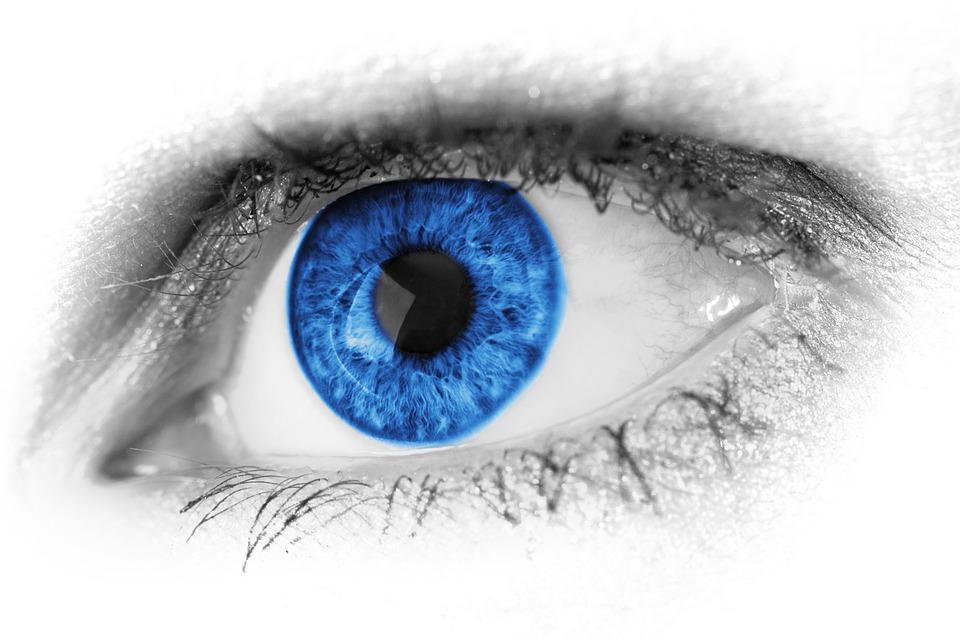 Na problemy ze wzrokiem – soczewki kontaktowe opatentowane przez Google