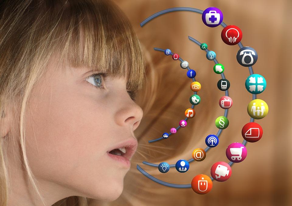Aktywność dzieci w Internecie